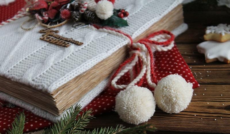 9bf4e327165e8a7a5a11c9559cu4-christmas-gifts-cookbook-recipes-of-the-festival-white-red-ne.jpg