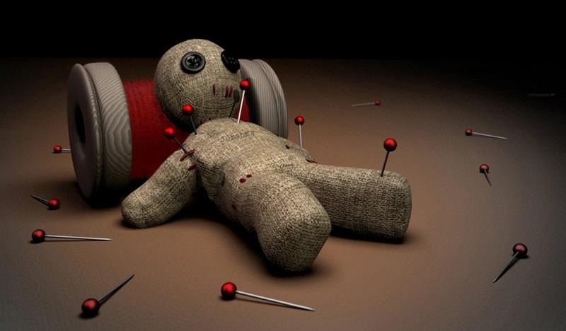voodoo-doll-superstitions-in-poker.jpg